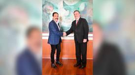 ¿4T 'seduce' a gobernador priista? Omar Fayad colaborará con el Gobierno en la ExpoDubai