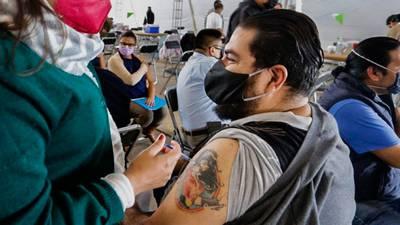 Vacunación centennial en CDMX: estas alcaldías aplicarán primeras y segundas dosis