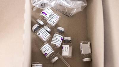 ¿Qué tan efectivo es mezclar vacunas de AstraZeneca y Pfizer?