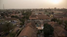 Otra amenaza: OMS confirma primera muerte por virus de Marburgo en África