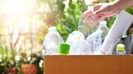 Ley de Economía Circular es 'madruguete' para no legislar contra uso de plásticos: Greenpeace