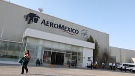 Aeroméxico solicita al Gobierno terminar contratos colectivos de pilotos y sobrecargos