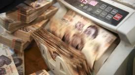 Ingresos públicos superan lo esperado por 'empujón' de recaudación de impuestos