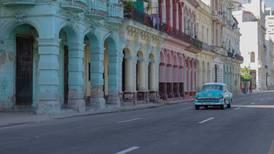Cuba reducirá llegada de vuelos desde México por avance de la pandemia