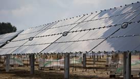 Fide otorga créditos por 160 mdp para paneles solares a Pymes
