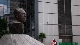 Pemex esquiva 'problemón': Acuerda con sindicato alza salarial y evita huelga