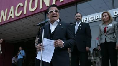 Tribunal Electoral le da 'vida' a Fuerza Social por México de Pedro Haces