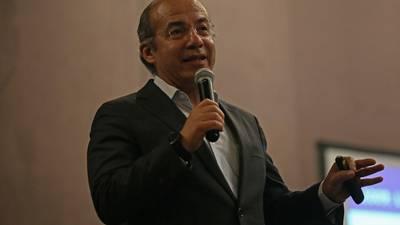 Felipe Calderón culpa a la austeridad por fallas que causaron demora de vuelos en el AICM