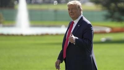 'Voté por un tipo llamado Trump': Presidente de EU emite su voto en Florida