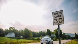 ¡Alto ahí! La ONU propone que conduzcas a 30 k/h en zonas con peatones