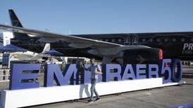 UE frena investigación antimonopolio de acuerdo entre Boeing y Embraer