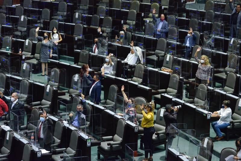 Diputados aprueban en 'fast track' Ley de Hidrocarburos; pasa al Senado –  El Financiero
