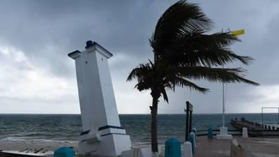 Quintana Roo frenará actividades esta tarde por tormenta tropical 'Zeta'