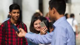 Nueva norma en telecom defiende a sus usuarios
