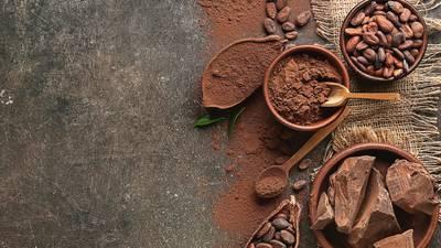 Felicidad, antienvejecimiento y un 'buen' corazón. ¡Te contamos los beneficios de comer chocolate!