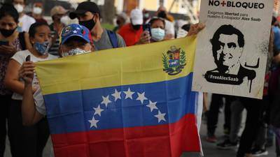 Oposición venezolana repudia retraso de diálogo en México
