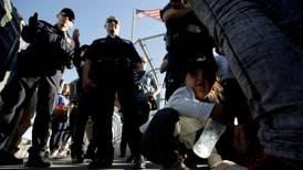 Trump asegura que no volverá a política de separar a familias de migrantes