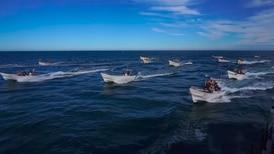 Pescadores atacan barco de ambientalistas en México