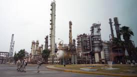 Nunca me comprometí a mantener rondas petroleras: López Obrador