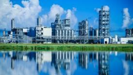 Venderá Alfa activos petroleros en EU