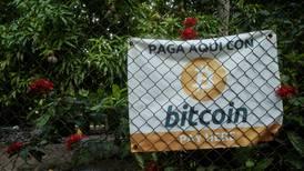 El bitcoin ya es una moneda 'de a deveras' en El Salvador: ¿Qué significa?