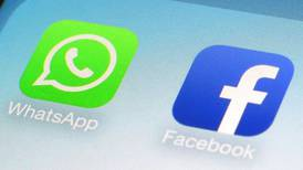 Fue un error de mantenimiento rutinario, dice Facebook sobre 'apagón' de apps