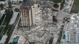 Colapso de edificio en Miami: cinco personas fallecidas, 156 desaparecidas y rescatistas a contrarreloj