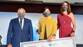 Ella es la 'docente extraordinaria de México' ganadora de 1 mdp por su labor en ciencia y tecnología