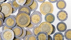 El peso mexicano continúa entre las 15 divisas más operadas del mundo