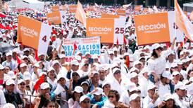 SNTE 'presume' cumplimiento de compromisos de López Obrador en celebración de sus 75 años