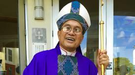 Vaticano ratifica su condena por abusos al arzobispo de Guam
