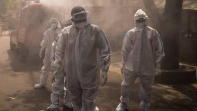 La India desplaza a México como tercer país con más muertes por COVID