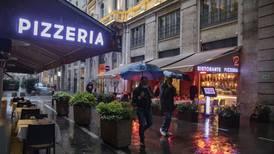 Italia endurece medidas por COVID: alista toque de queda nacional y restricciones locales