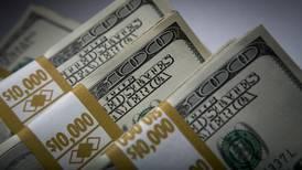 El dólar le da una 'tregua' al peso
