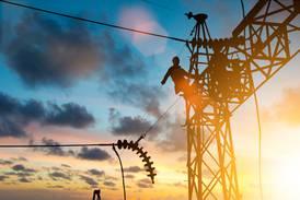 Reforma eléctrica: Empresas de EU y Canadá preparan demandas, advierte Coparmex