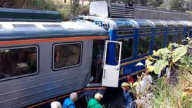 Chocan trenes con turistas a Machu Picchu