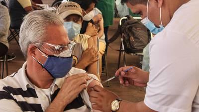 Vacunación COVID-19 en México: se aplican 565 mil 173 dosis; van 55.1 millones en total