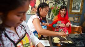 Cruel e inhumana, así define Malala a la política de Trump que separa familias migrantes