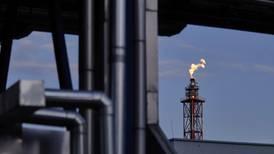 OPEP+ fracasa en acuerdo de producción y precio del petróleo alcanza nivel más alto desde 2018