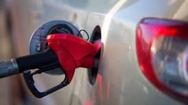¿Es cierto que habrá un 'gasolinazo' de 5 pesos en enero? ¡NO!