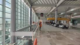 Gobierno limitará operaciones en AICM; busca que aerolíneas lleguen a Santa Lucía