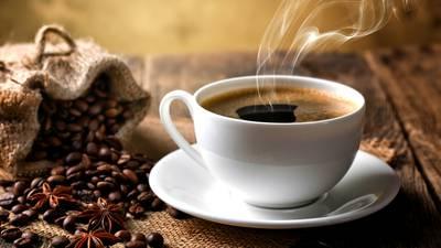 ¿Por qué el cuerpo se activa al tomar café?