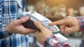 Banqueros cancelan facturación instantánea para pagos con tarjetas