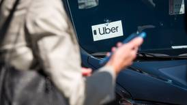 Fortalece Uber con tecnología control de seguridad