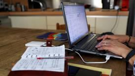 ¿Habrá nuevos impuestos para el internet y la telefonía móvil? Esto dice Hacienda