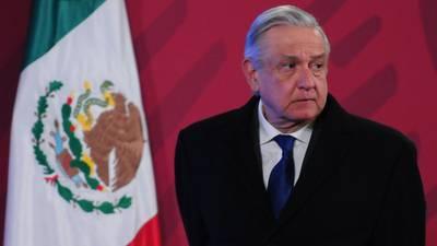 AMLO revela plan con empresa privada que cambiaría la historia de las gasolinas de Pemex