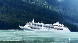 El lujo regresa a navegar por Alaska