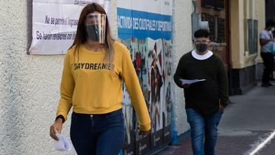 México reporta 57 nuevas muertes por COVID, la cifra más baja en más de un año