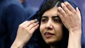 Hay que alzar la voz para contraatacar el uso de la fuerza: Malala a jóvenes de México y AL