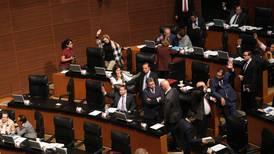 Morena busca remoción de Gustavo Madero y Kenia López tras violencia en Pleno del Senado